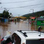ENXURRADA deixa novo rastro de prejuízos em bairros do Sul da Ilha
